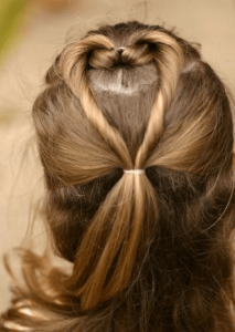 お葬式の髪型(女性)画像 ハートアップ 2
