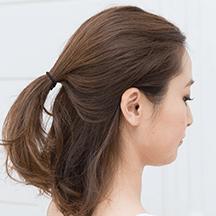 お葬式の髪型(女性)画像 ハーフアップ 3