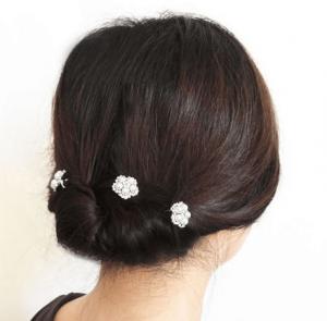 お葬式の髪型(女性)画像 夜会巻き 3