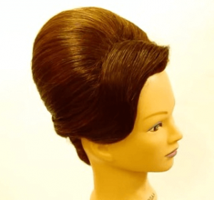 お葬式の髪型(女性)画像 夜会巻き